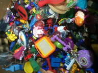 salvage new and return wholesale  used hard toys