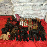 salvage new and return wholesale assorted winter footwear