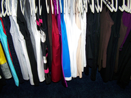 salvage new and return wholesale hanger of dresses shirts