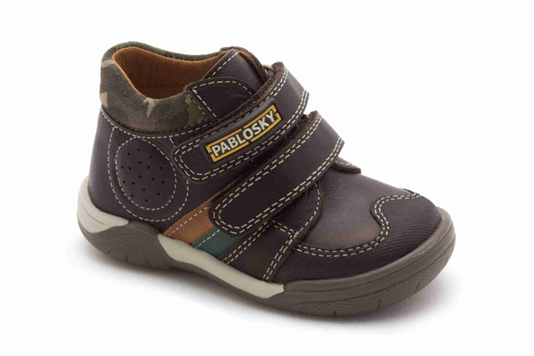 image of wholesale closeout used boys brown shoe