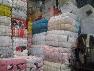 wholesale closeout used clothing packed bails