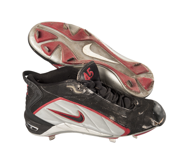 image of liquidation wholesale used credential soccer cleats