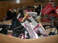 closeout wholesale used shoes in pallets