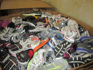 salvage new and return wholesale used washed branded sneakers